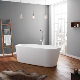 Brearton Thin Rim Freestanding Bath White 1500 x 700 Inc Waste room 1