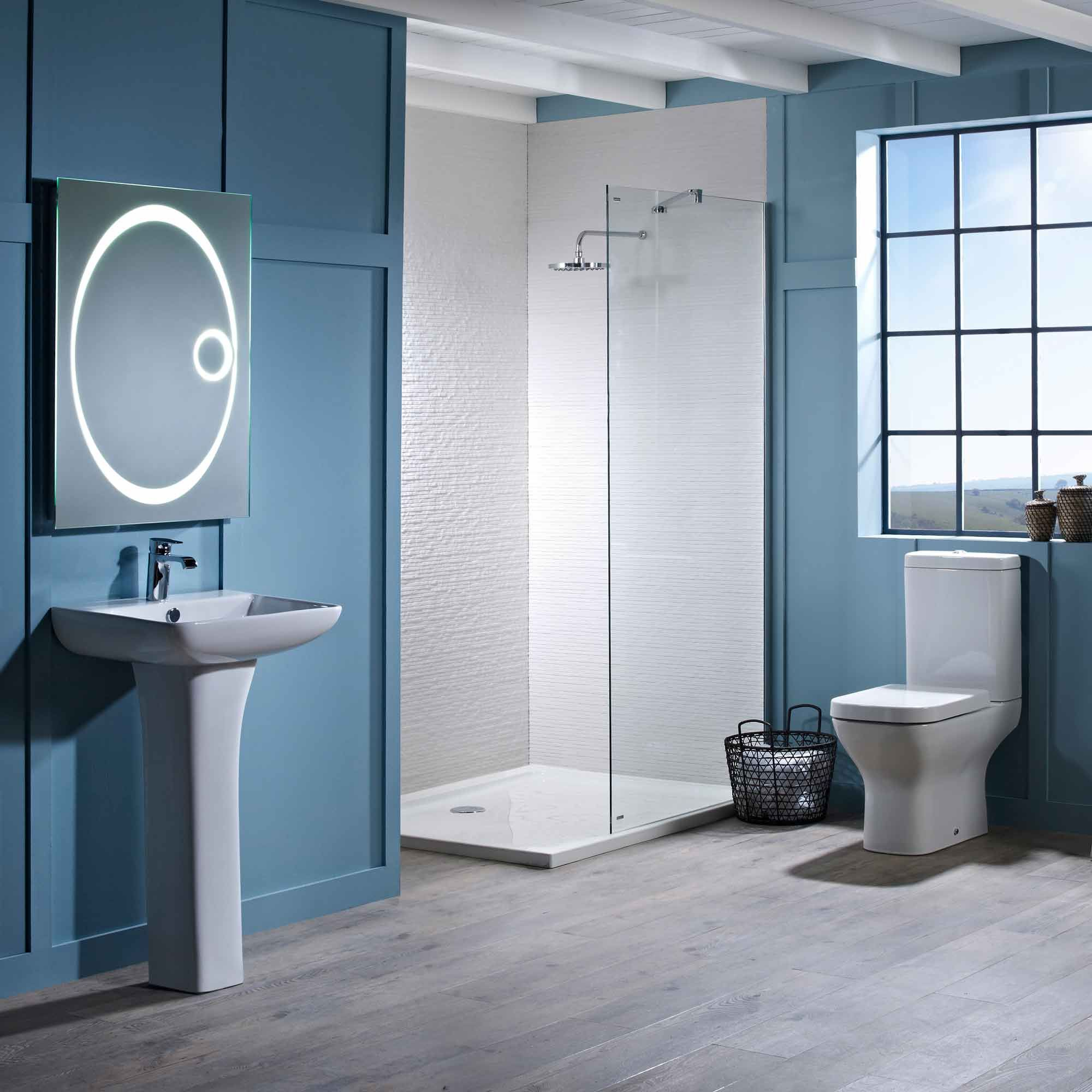 structure-close-coupled-toilet-inc-soft-close-seat-roomset