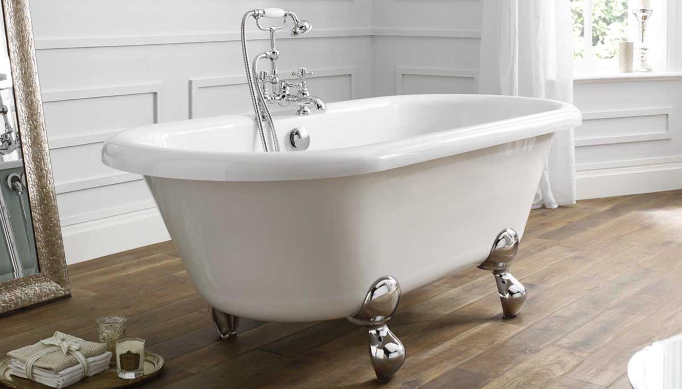 April Skipton Roll Top Statement Freestanding Bath